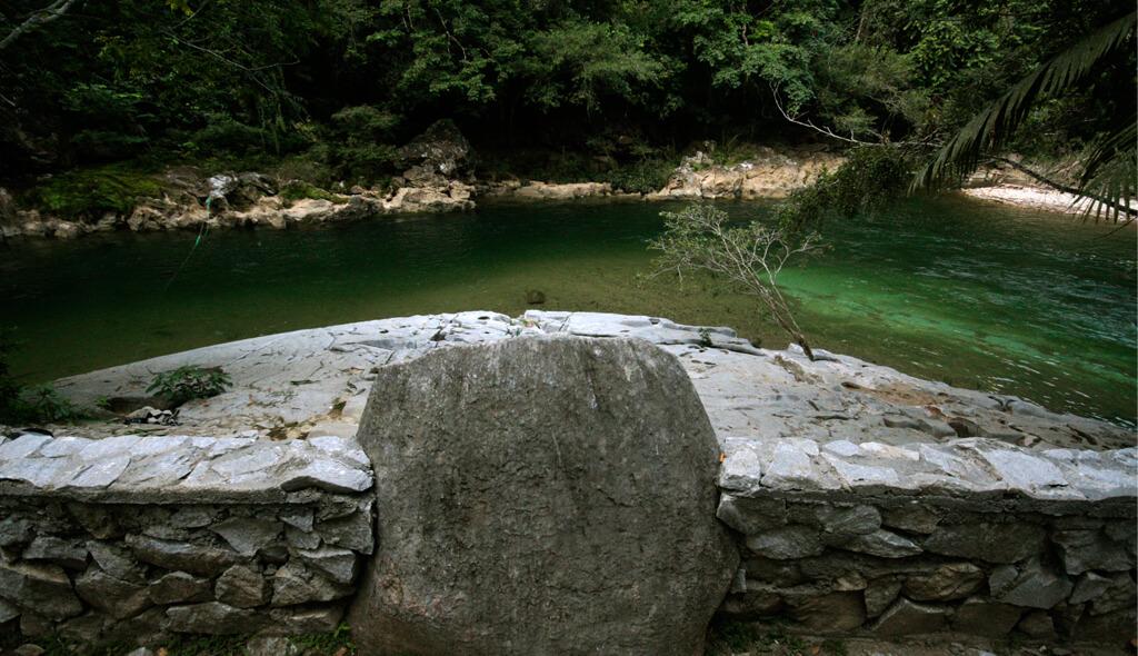 Playa marmol rio claro for De donde se extrae el marmol